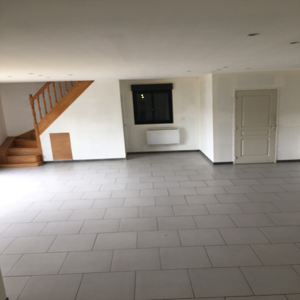 Offres de location Maison Le Favril 59550