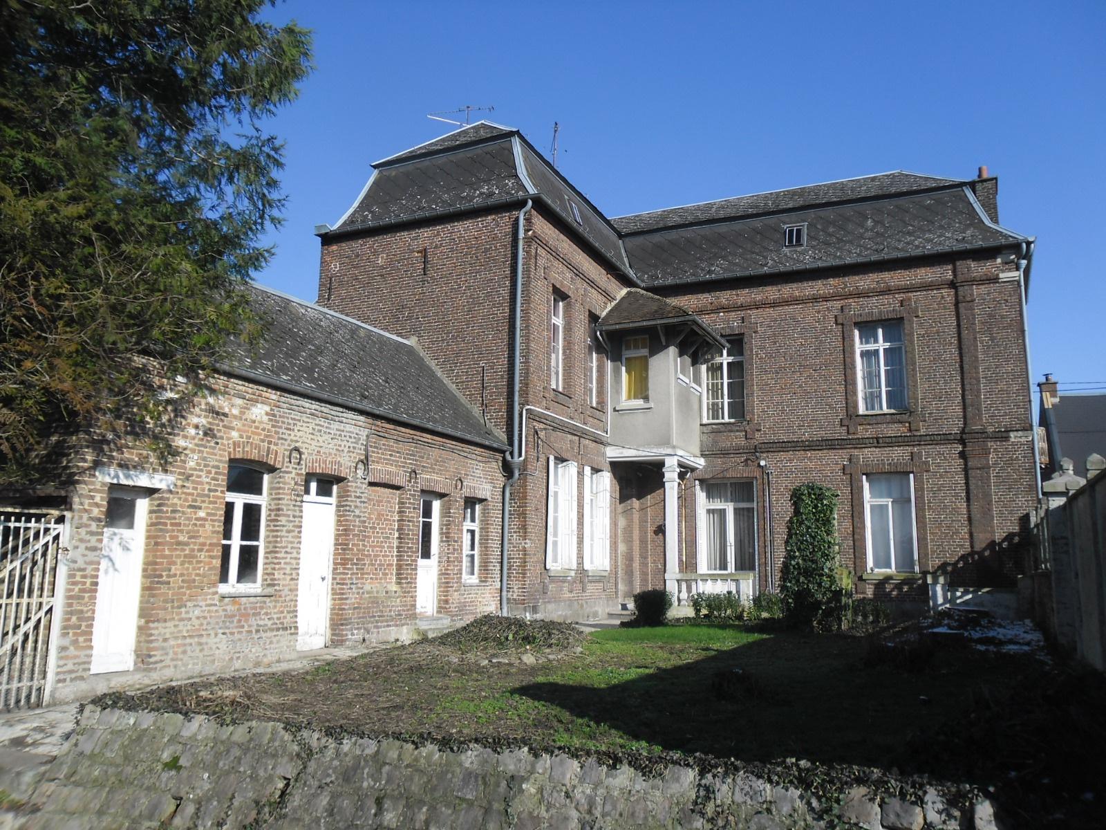 Vente Grande Maison Centre Ville Solesmes