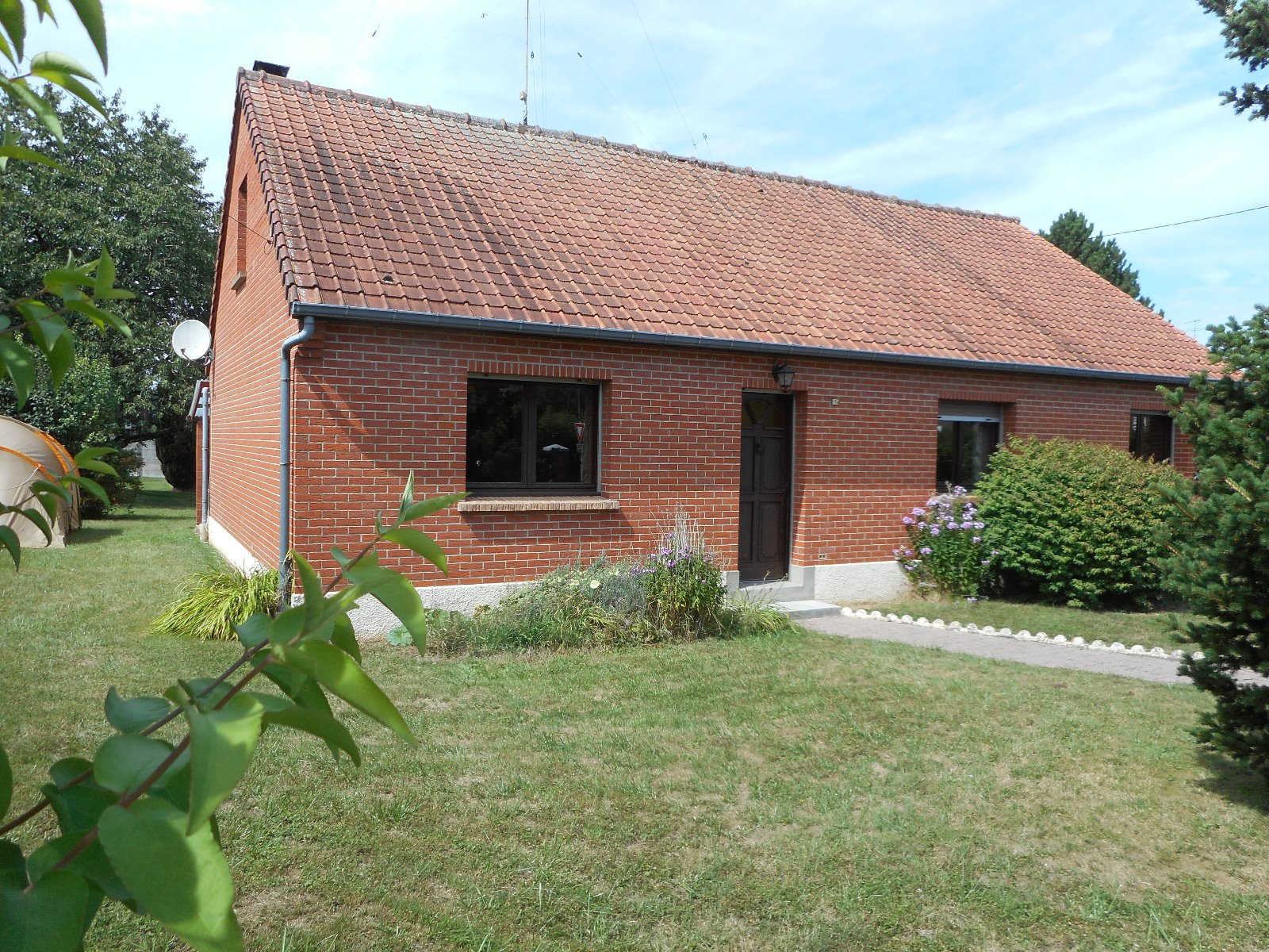 Vente pavillon 4 chambres proche le quesnoy for Garage brihaye le quesnoy